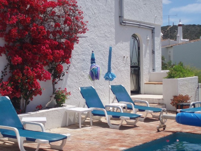4 Bedroom Villa Praia Da Luz Algarve 9 people »