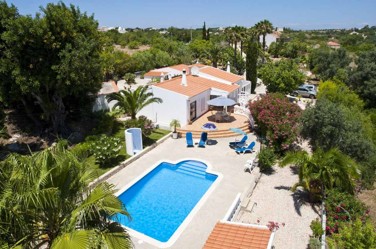 3 Bedroom Villa Carvoeiro Algarve 6 people  | Private Pool