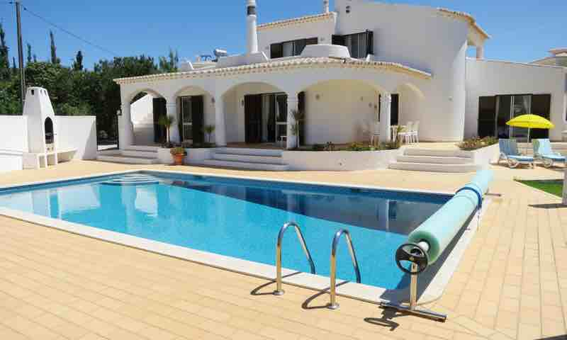 4 Bedroom Villa Praia Da Luz Algarve 8 people  | Private Pool