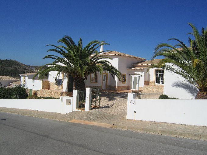 3 Bedroom Villa Lagos Algarve 6 people » Villa