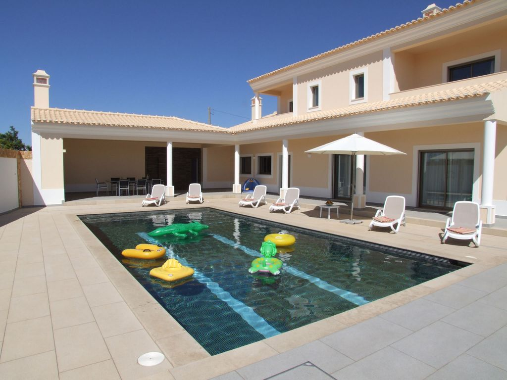 5 Bedroom Villa Albufeira Algarve 10 people  | Private Pool