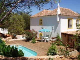 2 bedroom villa Tavira Eastern Algarve 4 people.