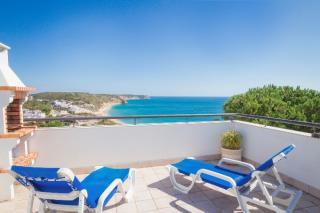 3 bedroom villa Salema Western Algarve 6 people.