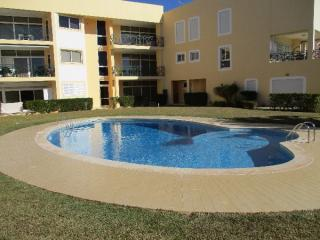 2 bedroom Apartment Quarteira, Vilamoura Algarve 4 people