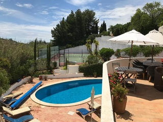 4 bedroom Villa Casa Ancoradouro Is Situated On The Funchal Ridge Overlooking Lagos Algarve 8 people