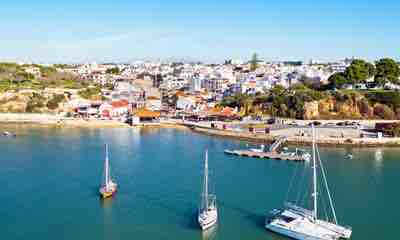 Villas in Alvor, Western Algarve